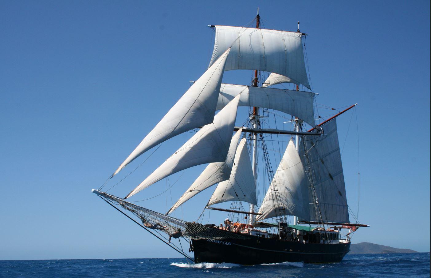 tall-ship-sailing-whitsundays - Australia Liveaboard